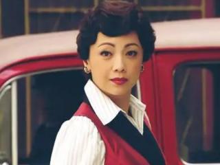 55岁著名演员邓萃雯签约新公司,风韵不减当年 动态,邓萃雯近况,邓萃雯签新公司,邓萃雯颜值