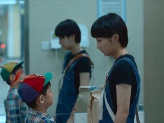 《我的姐姐》韩国上映,19岁的张子枫真的很厉害 我的姐姐