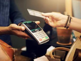 信用卡固定折算汇率好,还是开通自动购汇好? 资讯,信用卡,信用卡汇率