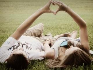 梦见和初恋情人在一起有什么预兆?梦见和初恋情人在一起好不好? 情爱,梦见和初恋情人在一起,梦与初恋情人相聚