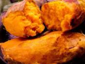 夜晚在睡着之后,梦境中的自己在种红薯,得此梦有何预示? 活动,种红薯,梦见种红薯是什么意思