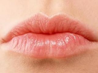 梦到嘴巴是什么意思?梦到嘴唇变白或者变黄有什么特殊寓意吗 梦境解析,梦到嘴巴,梦到嘴巴是什么意思