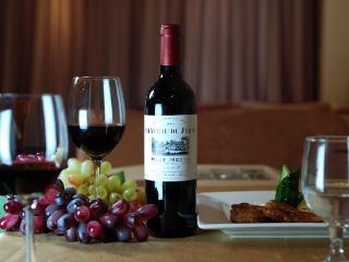 喝葡萄酒会上火吗?为什么会上火呢?其实很简单,来看! 名酒资讯,喝葡萄酒会上火吗,喝葡萄酒为什么会上火