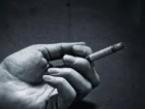 梦境中的自己在抽烟的时候,突然向别人借火有何寓意? 梦境解析,梦见抽烟向别人借火,梦到抽烟向别人借火