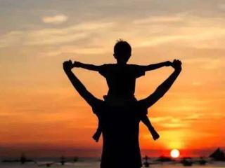梦到去世的父亲有现实含义吗?该梦境啥意思 人物,梦到父亲,梦到去世的父亲