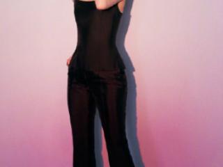 辛芷蕾参加品牌活动,干练黑色套装搭配闪亮耳坠,展现高级感 活动,辛芷蕾出席活动照,辛芷蕾高级感,辛芷蕾个人资料