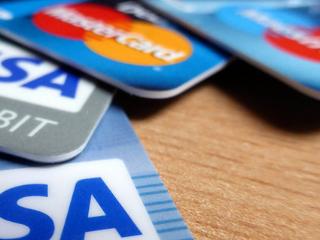 信用卡没钱还款,频繁分期有这些坏处 问答,信用卡知识,信用卡分期