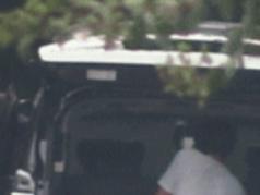 冯绍峰带2岁儿子现身4s店,骑摩托车飞驰,十分潇洒!  动态,冯绍峰罕带儿子出行,冯绍峰骑摩托车,冯绍峰赵丽颖婚姻