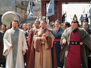 他才是梁山笑到最后的人,无奈装病离开宋江,成功在海外建国称王 电视剧