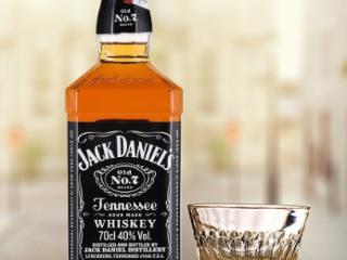 杰克丹尼威士忌多少钱?杰克丹尼威士忌怎么样?杰克丹尼威士产品 名酒资讯,杰克丹尼威士忌价格,杰克丹尼威士忌多少钱