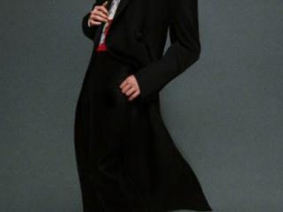 """杨洋最新杂志封面大片,蓝头发嘻哈风造型被吐槽""""非主流"""" 动态,杨洋杂志写真,杨洋杂志封面,杨洋个人资料"""