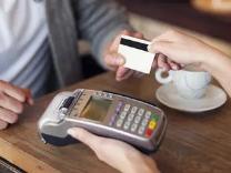 未成年人能否办理银行卡?主要得看看是哪种卡哦 资讯,信用卡申请介绍,未成年办理银行卡介绍