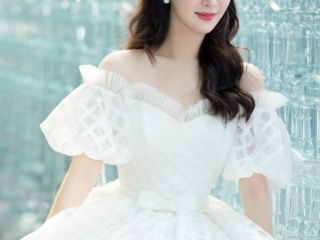杨紫参加婚纱品牌活动,气质好的太离谱了  活动,杨紫活动照,杨紫活动造型,杨紫的身材