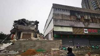 江西南昌一超市突發崩塌,或有人員傷亡