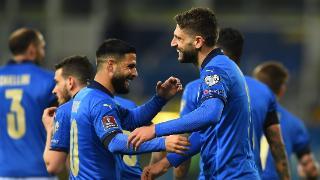 蓝衣崛起!意大利23场不败 曼奇尼1成就比肩里皮
