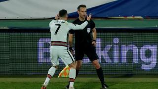 世预赛-若塔两球C罗抗议裁判染黄 葡萄牙2-2塞尔维亚