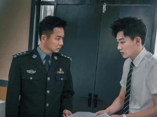 刘怡潼恭贺父亲刘奕君再就业,不忘喊话父亲,这次争取一起演好人