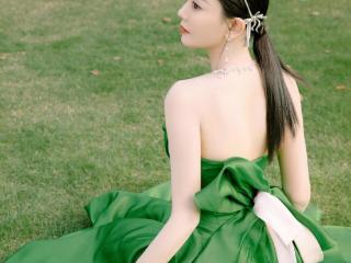 海陆,这魅力也是没谁了,她和于小彤是标准的姐弟恋,为何分手?
