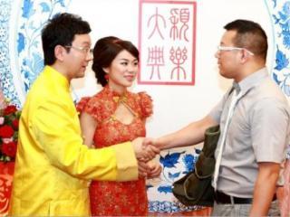 广东电视台节目主持人薛乐和刘颖婷的爱情故事,结婚十年依旧甜美