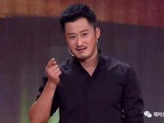 年轻时曾给宣萱袁咏仪做替身,如今身价过亿,吴京成功全靠拼