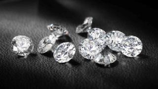 尼泊尔的钻石几百块一克拉,白菜价却没人买,你知道为什么吗?