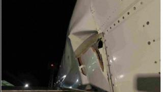 波音737飞机在埃克塞特硬着陆,机身严重受损!