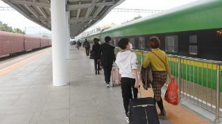 惠州火车站首次迎来复兴号动车