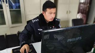 """马玉龙:网络安全战线上的""""排头兵"""""""