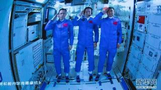 中国航天员出差太空:WiFi已装、被催更吃播、周日休整
