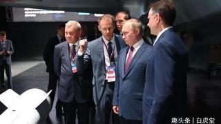 莫斯科航展,苏霍伊新战机闪亮登场,俄罗斯打算卖五代机了?
